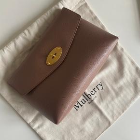 Mulberry clutch