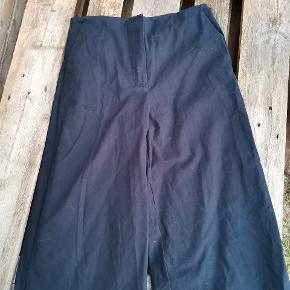 Flotte bukser med vidde i benene
