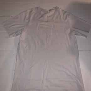Arket t-shirt