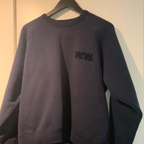 Wood Wood sweatshirt Ingen brugstegn Nypris: DKK 1000