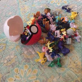 48 stk Pokemon alle forskellige og en Pokemon Ball alt er helt nyt PRISEN ER MED FRAGT MED POSTNORD