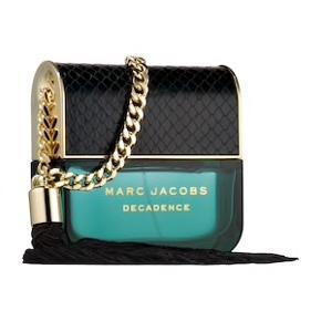 Marc Jacobs Decadence 100 ml. aldrig brugt og stadig i emballagen. Np. er omkring 1000kr, kan dog købes på fx. luxplus til 600kr :)
