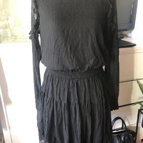 Super fin kjole!  Aldrig brugt