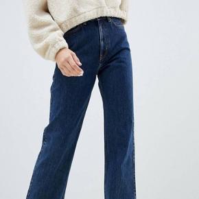 Weekday row jeans i str. 29