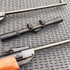 To luftgeværer den ene med kikkertsigte. Sælges for 300 pr stk eller 500 for begge. Kun til afhentning eller kan evt leveres mod betaling