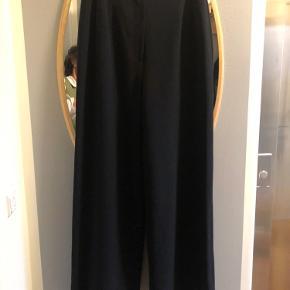 Chanel Bukser