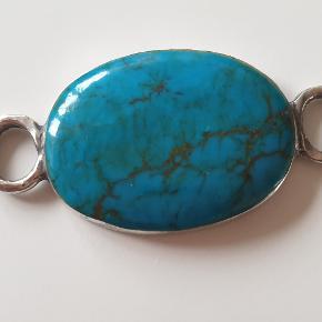 Spændende blå turkis & sølv vedhæng passer både som halskæde og armbånd.