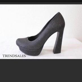 David Andersen heels