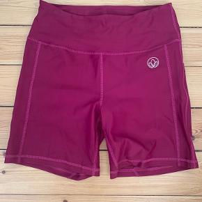 EYDA shorts