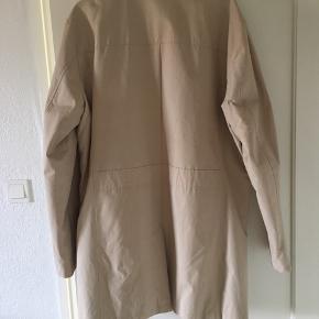 Sælger denne helt nye, fine Selected/homme jakke for min kæreste, da det var et fejlkøb.