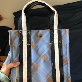 Ganni taske