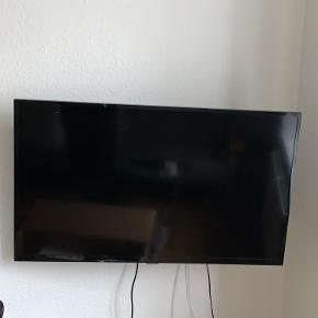 Sælger mit Samsung fjernsyn. Fejler intet.  BYD? 😊