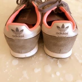 Adidas grå sportssneakers str 40. Se str foto nr 4