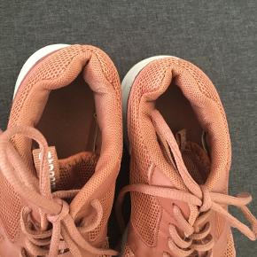Steenholt sneakers