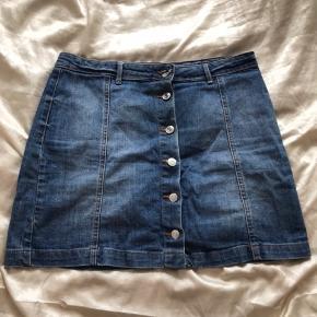 79cc801e7df Sælger denne cowboy nederdel i en størrelse 42. kom endelig med bud:))