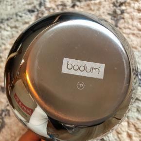 Stempelkande fra Bodum - aldrig brugt.  Se også gerne mine andre annoncer 🌸