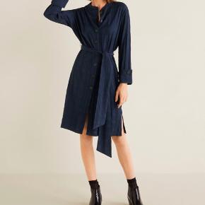Flot blå kjole fra Mango💃🏽