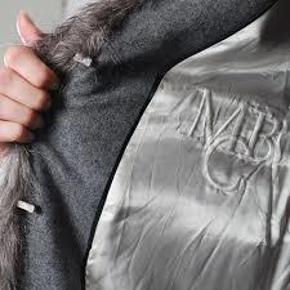 Dejlig varm fake fur fra BMB Aldrig brugt. Str 38. Ny pris 3699,-