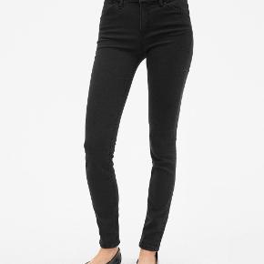 #30dayssellout Filippa K Patti Stretch Jeans   Skinny mørkegrå  Materiale: 65% bomuld, 31% polyester, 4% elastane 4 pocket style Nypris 1320 kr sælges for 160 kr