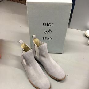 Sprit nye støvler fra shoe the Bear Nypris 1000+  Aldrig brugte og derfor som nye
