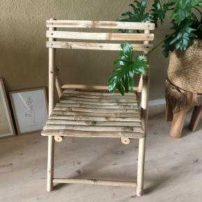 2 Smukke bambus stole fra Tine K - aldrig brugt - nypris 1379,- pr stk. BYTTER IKKE;-) Skal afhentes