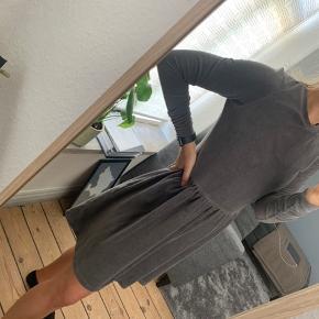 Moss Copenhagen kjole Str. XS 🌸
