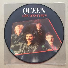 Der er her tale om en picture disc. Picture disc vil sige, at pladen ikke er sort, men har et billede på hele for- og bagsiden.  Trackliste: 1. Bohemian Rhapsody 2. Another One Bites The Dust 3. Killer Queen 4. Fat Bottomed Girls 5. Bicycle Race 6. You're My Best Friend 7. Don't Stop Me Now 8. Save Me  1. Crazy Little Thing Called Love 2. Somebody To Love 3. Now I'm Here 4. Good Old-Fashioned Lover Boy 5. Play The Game 6. Flash 7. Seven Seas Of Rhye 8. We Will Rock You 9. We Are The Champions