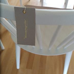 Rigtig fine spisestuestole med god siddekomfort...Jeg har 4 stk.nypris pr.stk 1049....sælger alle 4 for 2000
