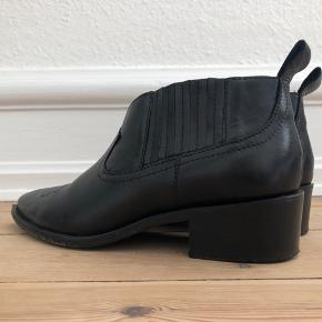 Shoe Biz cowboy støvler str 37. Kun brugt 1 gang