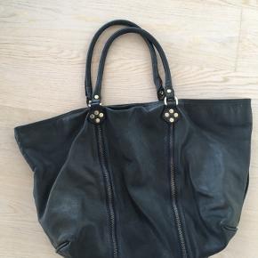 Dejlig taske der fortjener at blive brugt