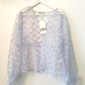 Så fin transparent bluse fra Zara. Aldrig brugt