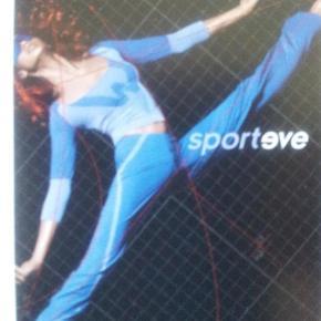 Varetype: Sporteve trousers/bukser Størrelse: Small Farve: Blå Oprindelig købspris: 1329 kr.  Sportsbukser fra wolfords sportsserie sporteve, i den blå serie