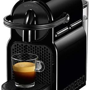 Nespresso Inissia kapselmaskine D40 - sort. Aldrig brugt.