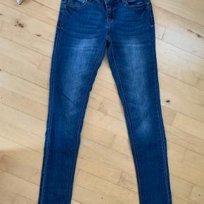 Fine jeans fra Only str w small /length 34  Pæne og velholdt se flere billeder under kommentarer   Ts eller mp