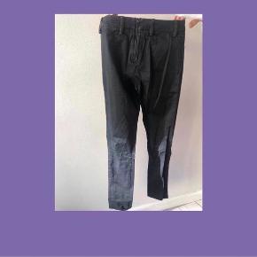Acne Studios Jeans med lynlås bagpå