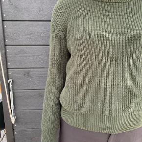 Minimum sweater