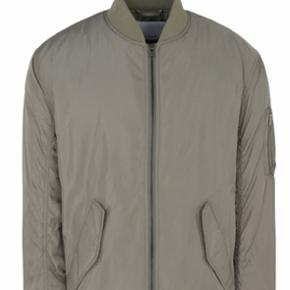 Samsøe jakke. Str L. Ikke brugt.
