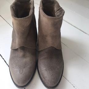 Notabene støvler