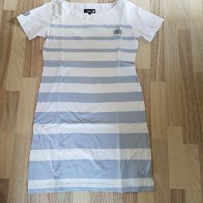 Nanok kjole str M.