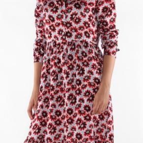 Smuk kjole fra Nue Notes. I meget fin stand. Prisen ligger fast😊