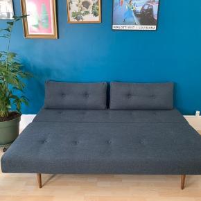 Mål når sofaen er slået ud: 200*140 cm