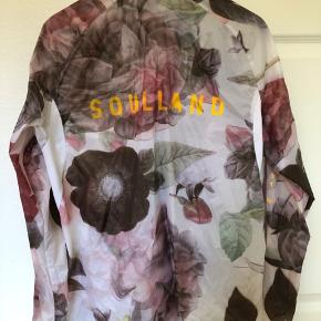 Soulland x 66 North  Light running jacket