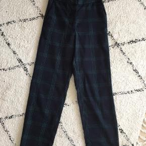 Ternede bukser fra Vila Str xs Byd:)