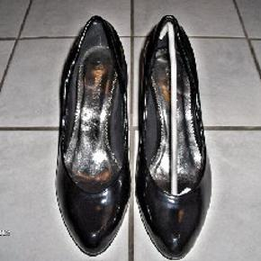 New Shoes heels