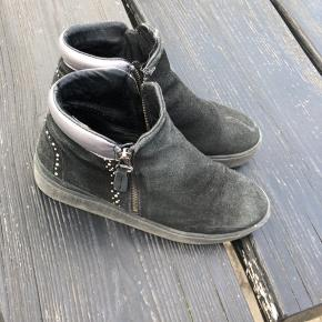 Rigtig fin Blue On blue støvle. Bud modtages gerne! 😌