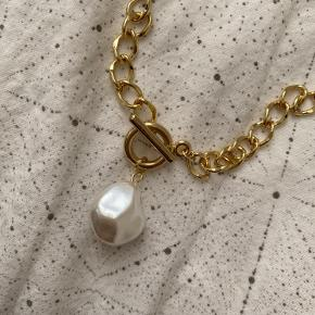 Ny forgyld halskæde med perle