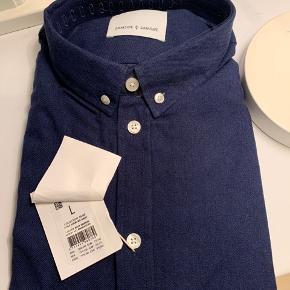Samsøe skjorte. Str L. Ny og ikke pakket ud.
