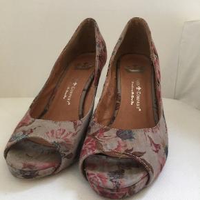 Friis & Company Stiletter