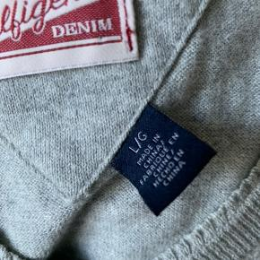 Lækker sweater i cashmere/bomulds-blanding