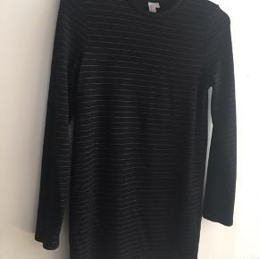 Jersey bluse - lang  Som ny  Virkelig blød